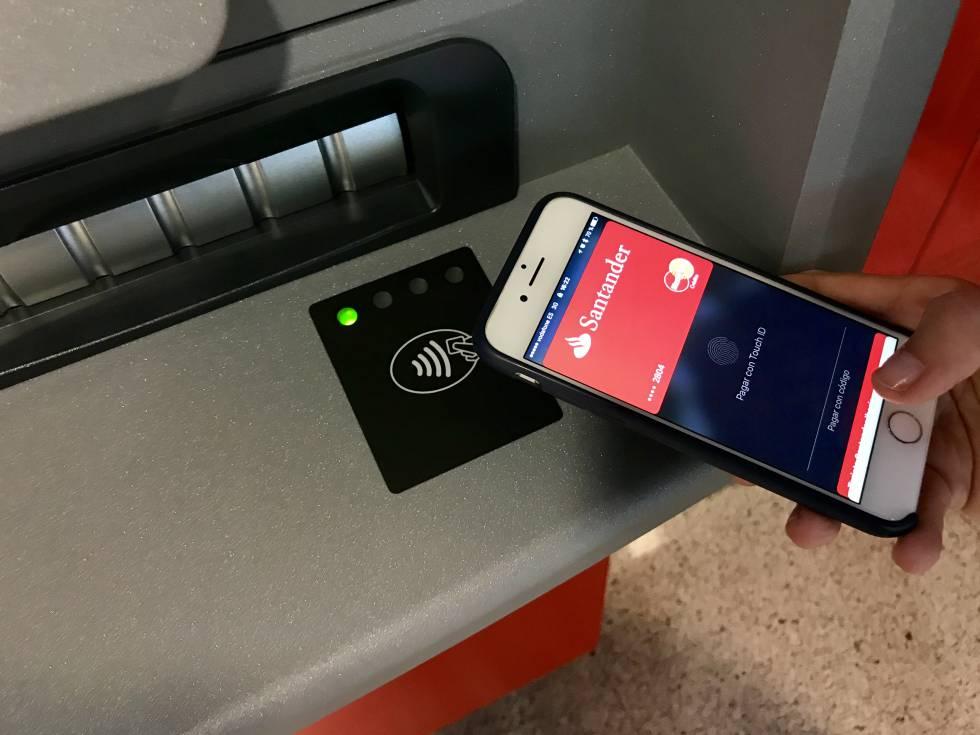 La digitalizaci n bancaria acecha a la tarjeta de cr dito for Cajeros banco santander para ingresar dinero