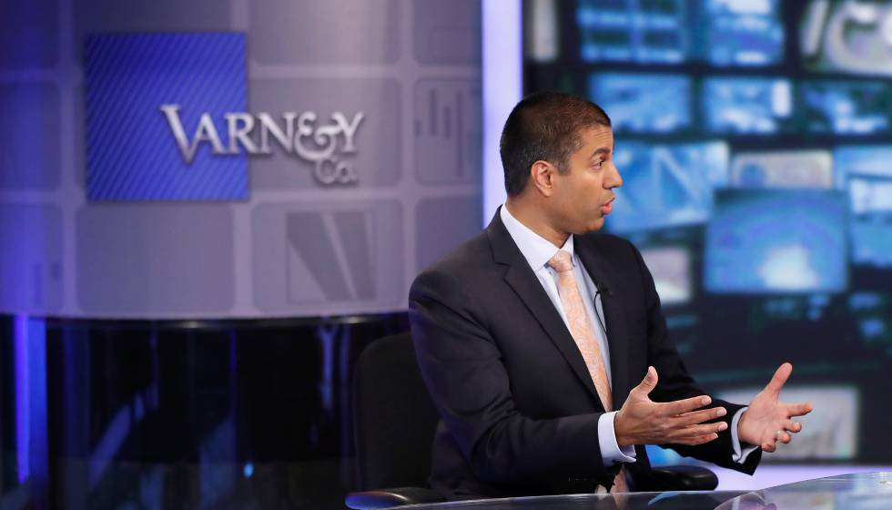Ajit Pai, presidente de la Federal Communications Commission de EE UU (FCC)