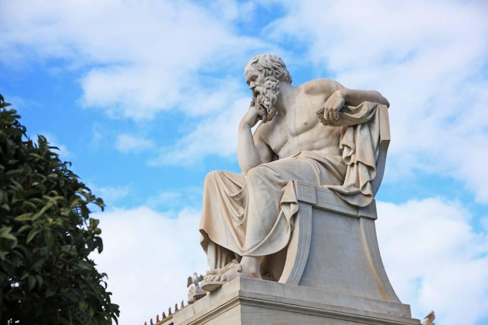 Estatua de Sócrates.