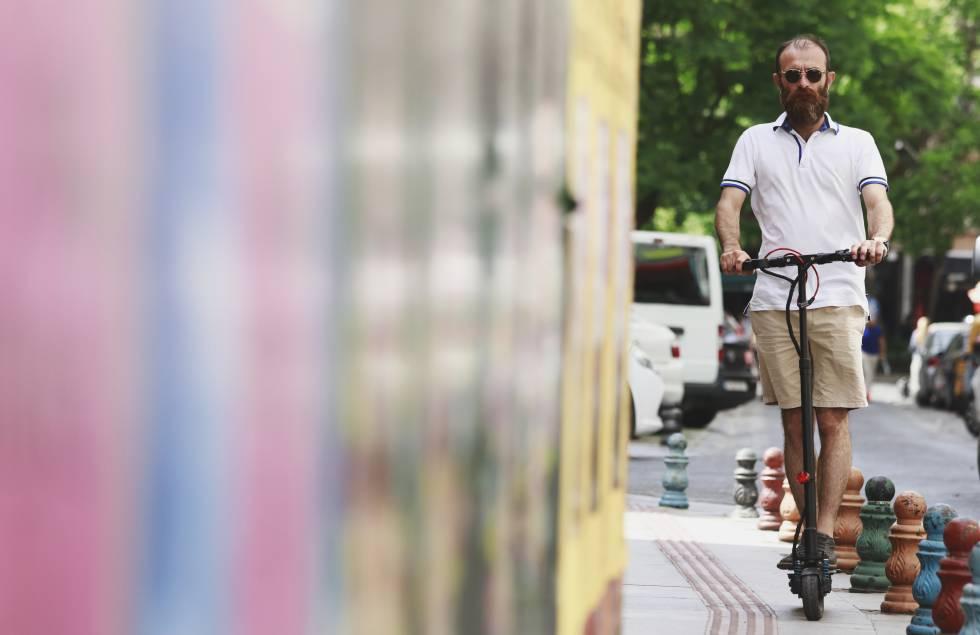 Análisis | Uber apuesta por las bicis compartidas y los patines eléctricos