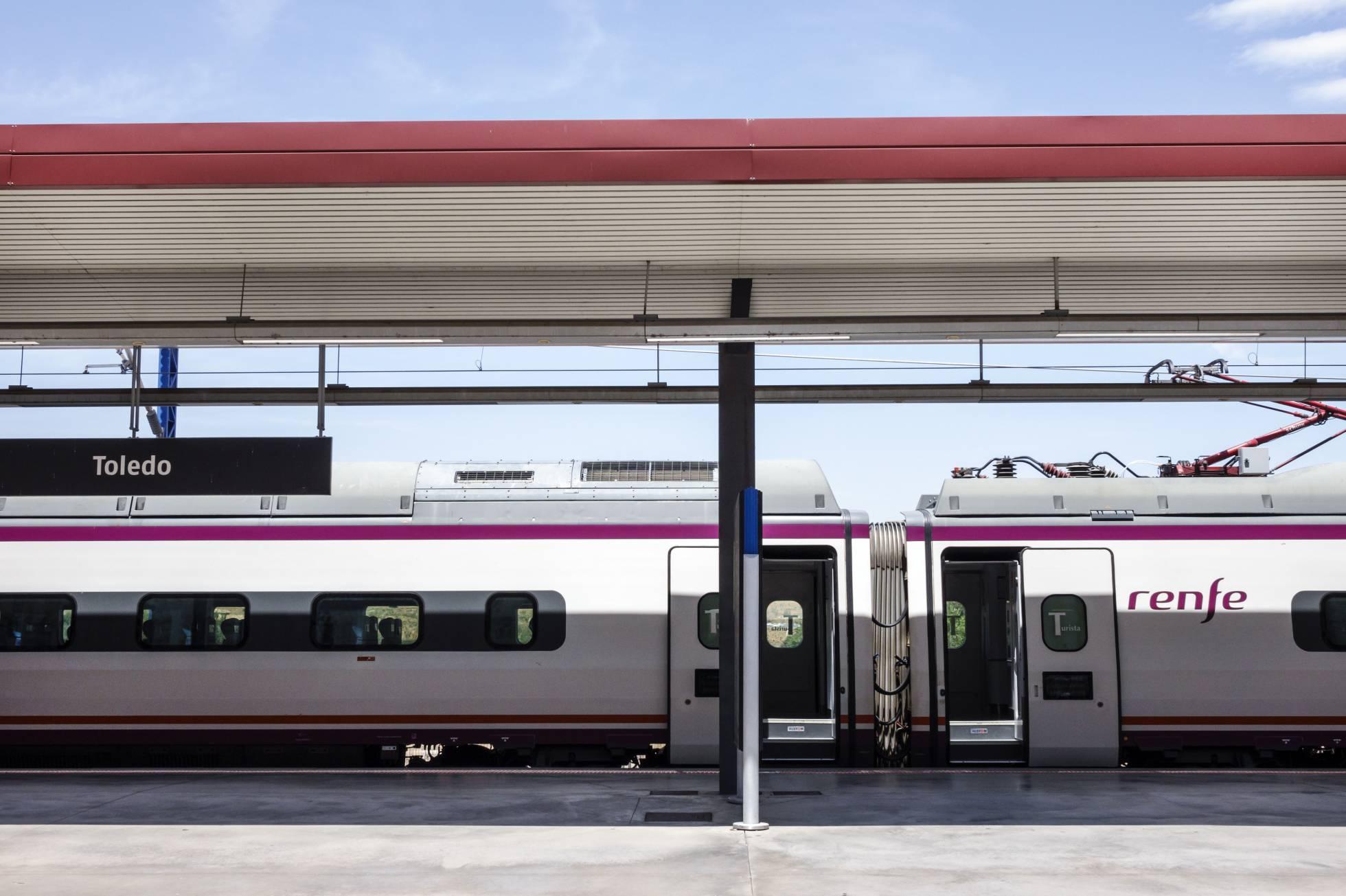 Ave en la estación de Toledo