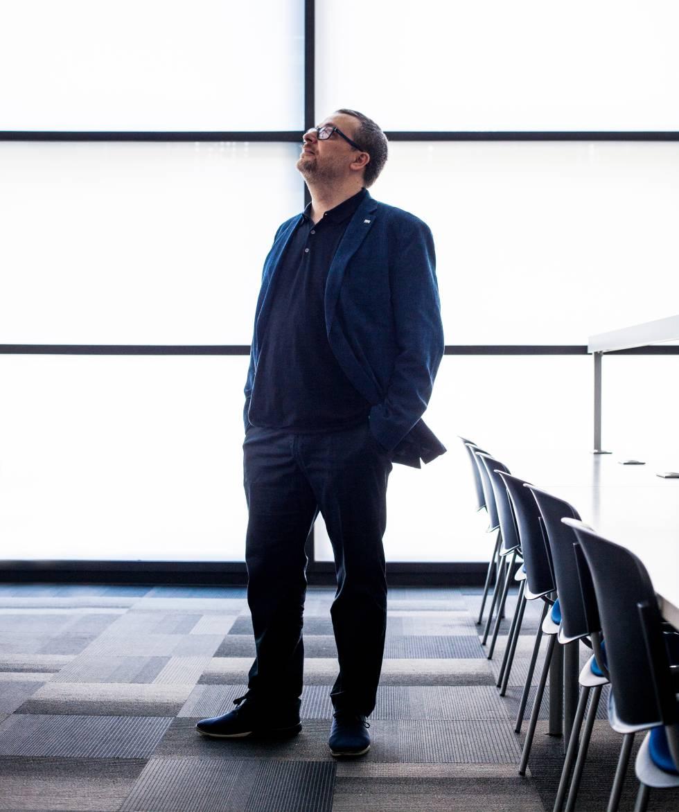 Jordi Serra, profesor asociado de la Universitat Ramon Llull, investiga la gama de alternativas que nos abre el futuro.