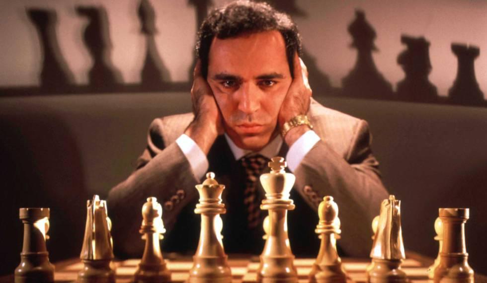 Garry Kasparov: es muy listo, pero no evitó que le ganase una máquina de IBM