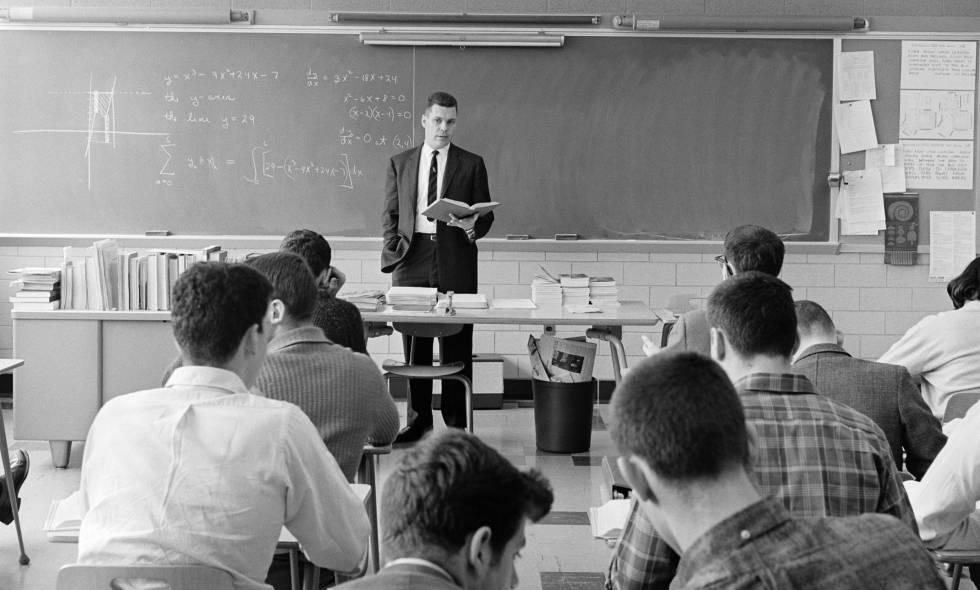 Cómo fomentar el pensamiento crítico de los adolescentes a través de la ciencia de datos