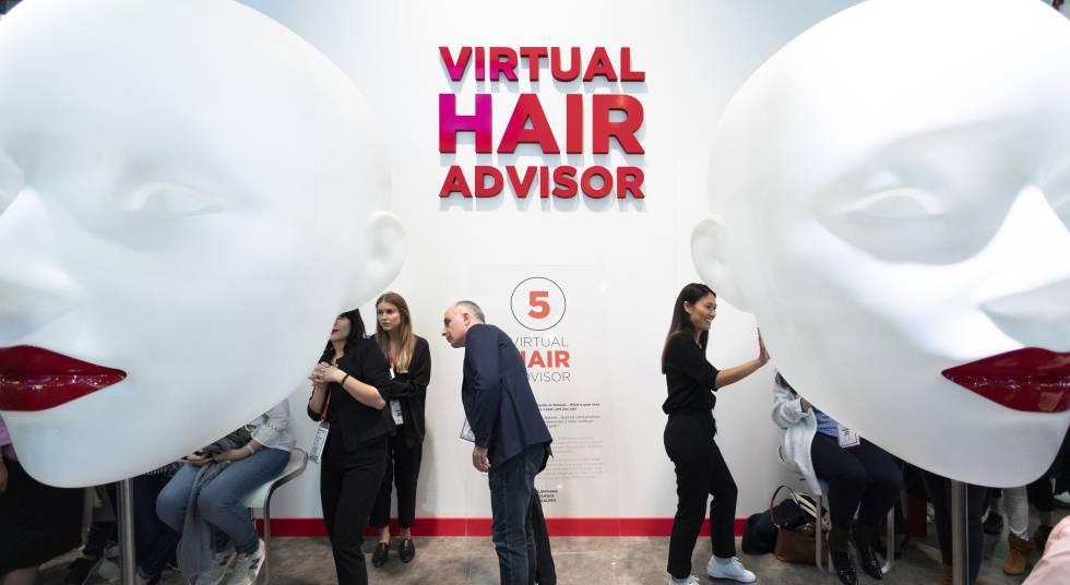Virtual Hair Advisor, a smart mirror that shows hair changes.