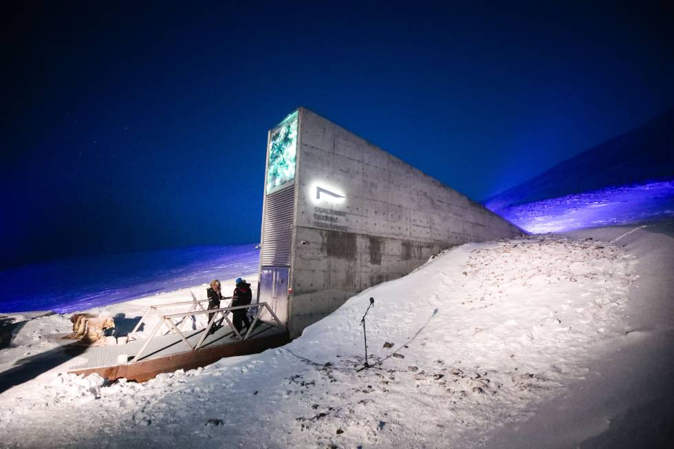 Entrada al Banco Mundial de Semillas de Svalbard, en Noruega.