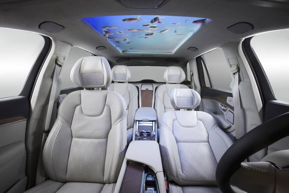Conducir con una pantalla por volante